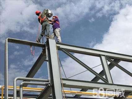 桥梁布置电缆